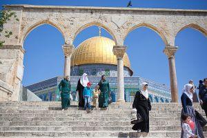 stefano-majno-jerusalem-israel-al-aqsa-women.jpg