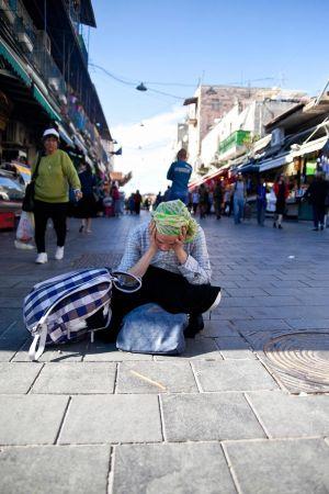 stefano-majno-jerusalem-israel-girl-suffering.jpg