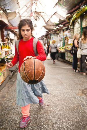 stefano-majno-jerusalem-israel-yehuda-girl.jpg