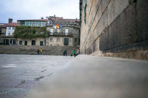 stefano-majno-portugal-santiago-de-compostela-cathedral-man.jpg