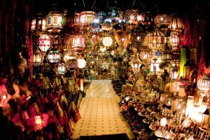 stefano-majno-morocco-crossing-jeema-el-fna-lamp-shop.jpg