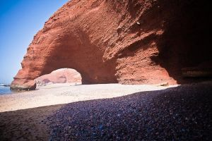 stefano-majno-morocco-crossing-sahara-border-legzira.jpg