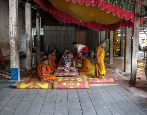 cambodia asia south east stefano majno monks canteen.jpg
