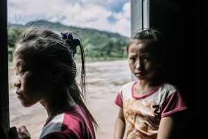 mekong asia south east laos stefano majno boat dark child-c9.jpg