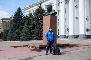 transnistria unrecognized country tiraspol moldova stefano majno lenin footbal player.jpg