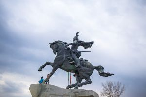 transnistria unrecognized country tiraspol moldova stefano majno monument boys.jpg