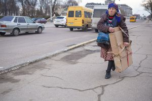 transnistria unrecognized country tiraspol moldova stefano majno old woman.jpg
